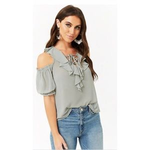 🌻🌼🌾 Beautiful, trendy, boho ruffle top